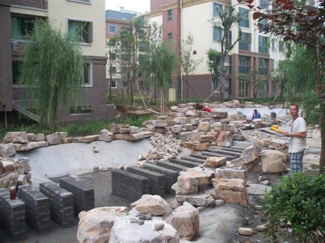 太湖石假山石 驳岸石 龟纹石 草坪石原产地-驳岸是什么 驳岸做法