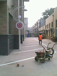 北京停车场划车位线_北京万恒交通设施安装销售公司