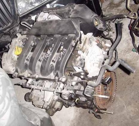 供应雷诺风景ja130汽车发动机 缸盖 中缸 手波自波箱等
